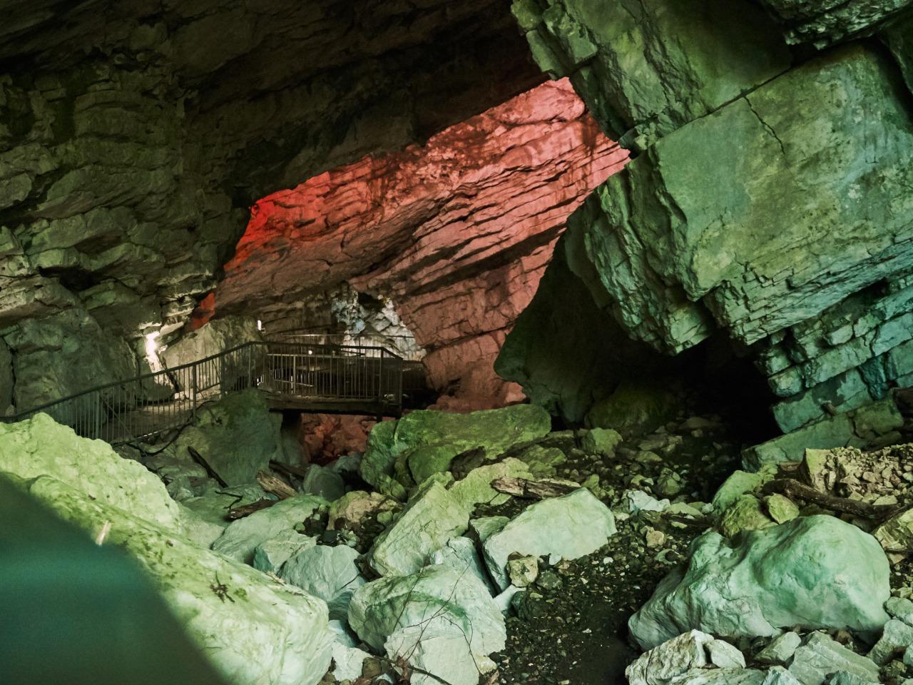 Воронцовские пещеры и Навалищенский каньон - индивидуальная экскурсия в Сочи от опытного гида