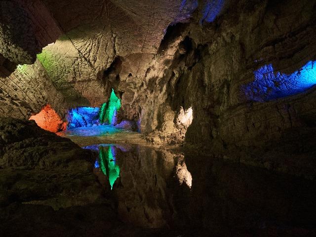 Воронцовские пещеры и Навалищенский каньон