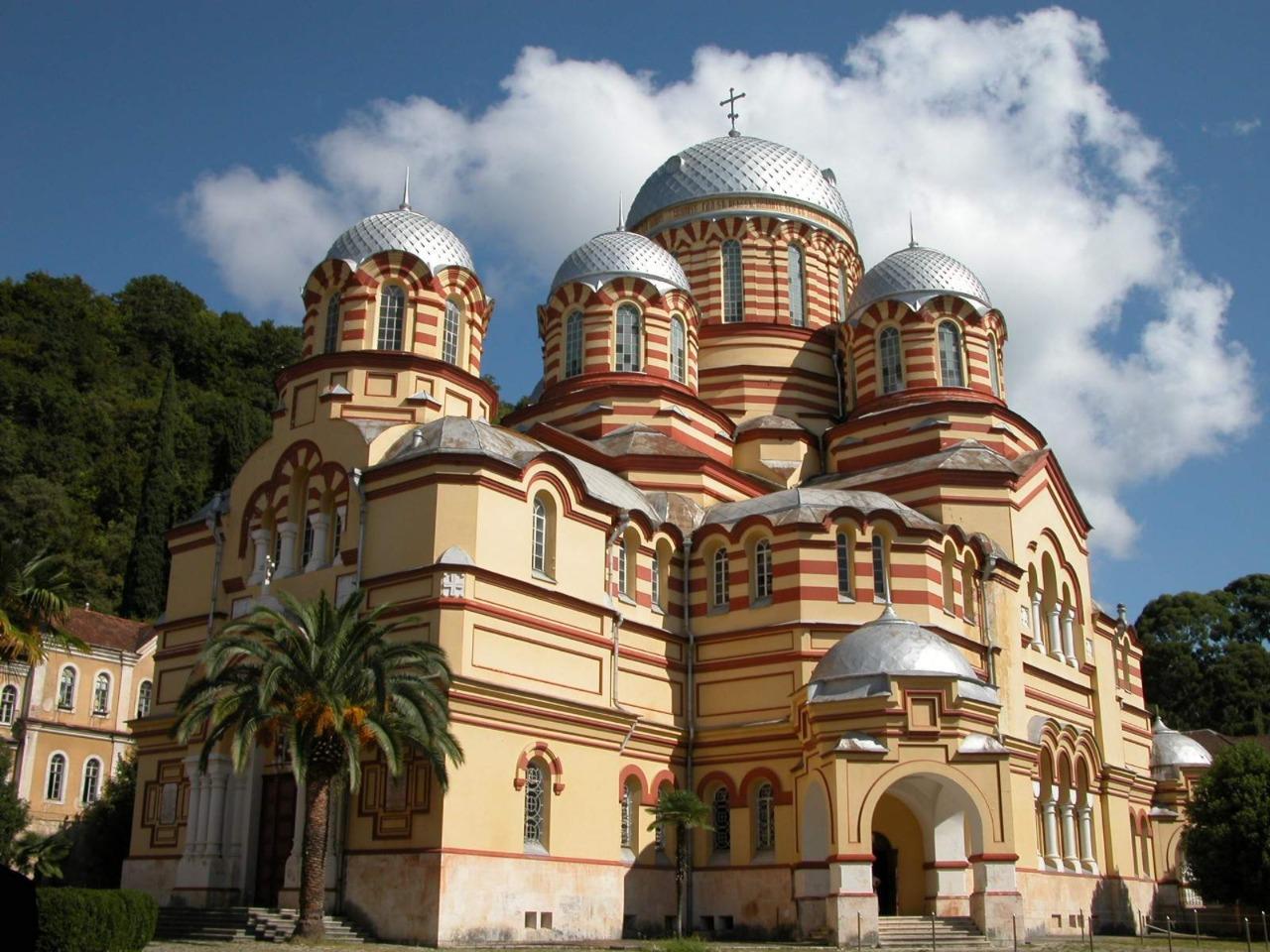 Новый Афон - от Византии до наших дней - индивидуальная экскурсия в Сочи от опытного гида