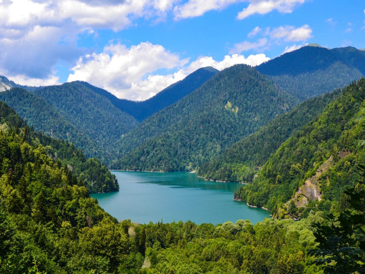 Озеро Рица - зеркало души - индивидуальная экскурсия в Сочи от опытного гида