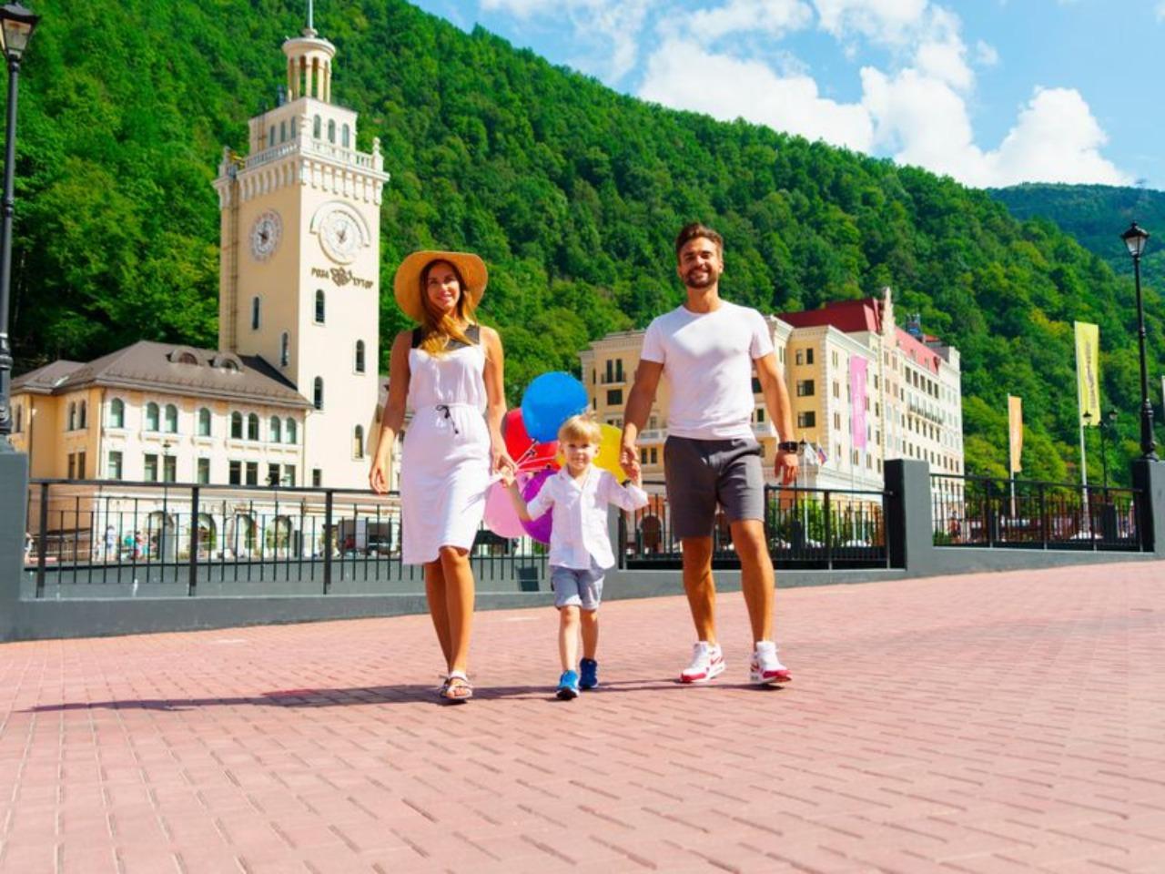 Мама и малыш. В Красную Поляну на выходные - индивидуальная экскурсия в Адлере от опытного гида