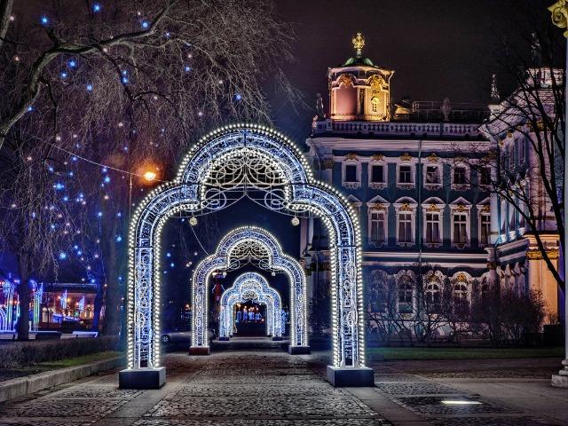 Новогодний и Рождественский Петербург