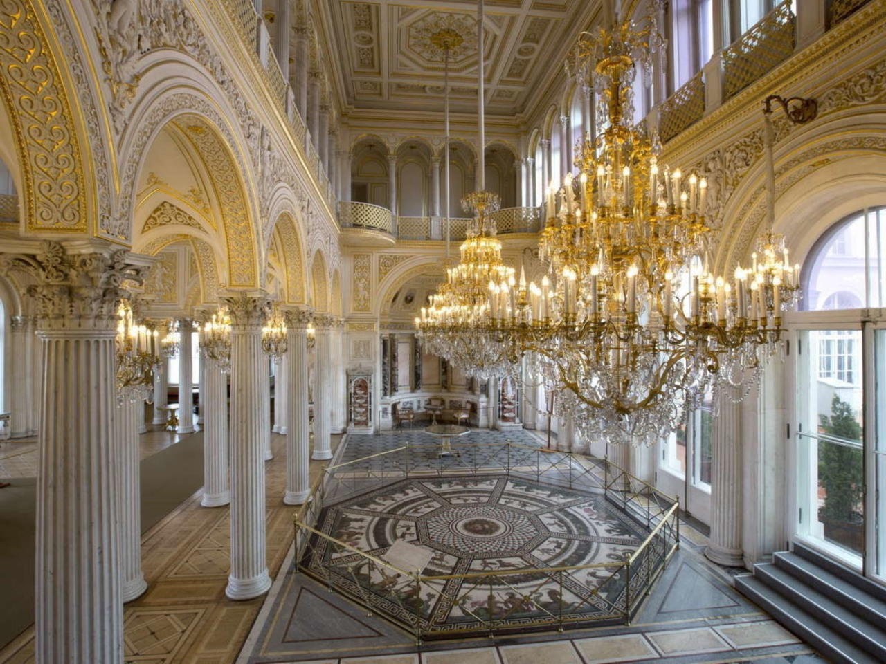 Эрмитаж в Петербурге - индивидуальная экскурсия по Санкт-Петербургу от опытного гида
