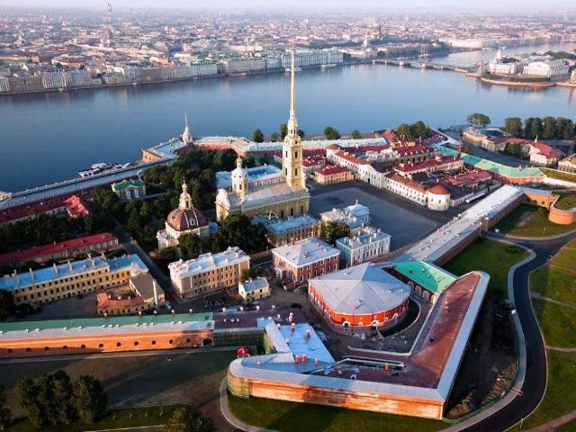 Петропавловская крепость: 300 лет истории