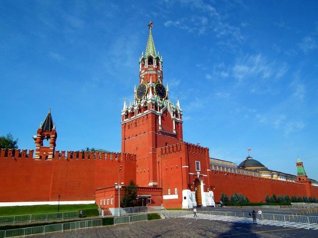 Тайны Московского Кремля и Оружейной палаты