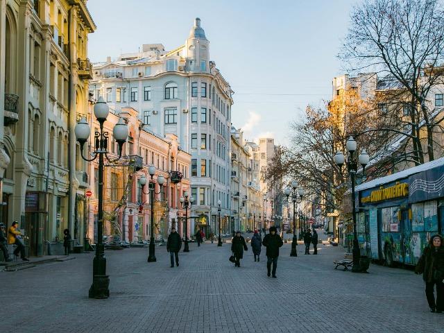 Два Арбата: секреты московских улиц и дворов