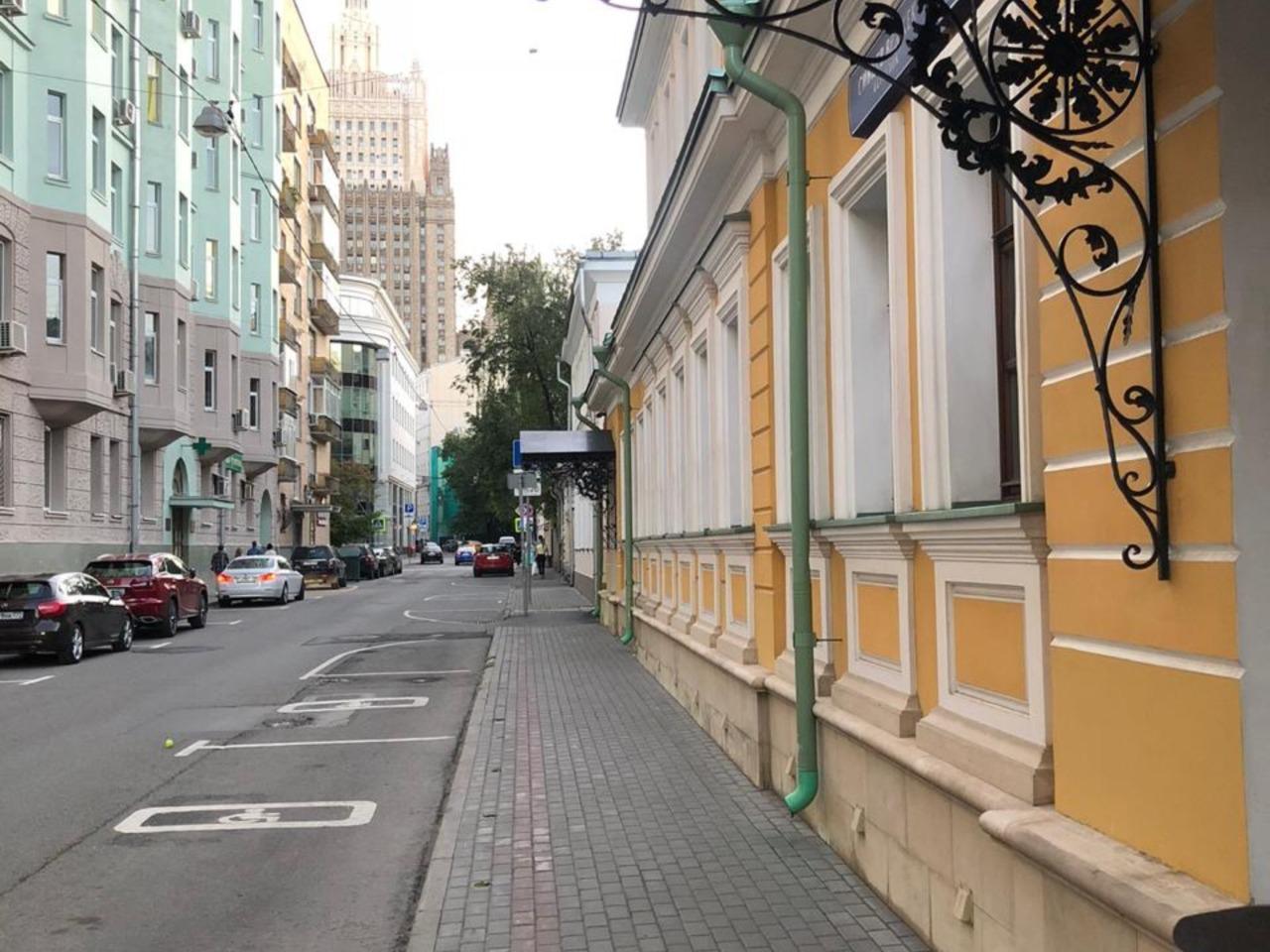 В гости к Мироновым по переулкам Старого Арбата - групповая экскурсия по Москве от опытного гида
