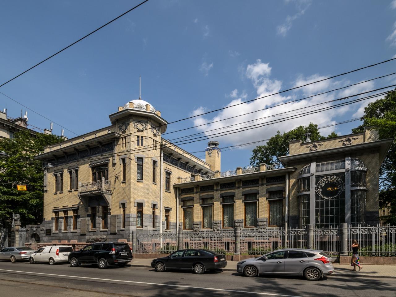 Вокруг Петропавловский крепости - индивидуальная экскурсия по Санкт-Петербургу от опытного гида