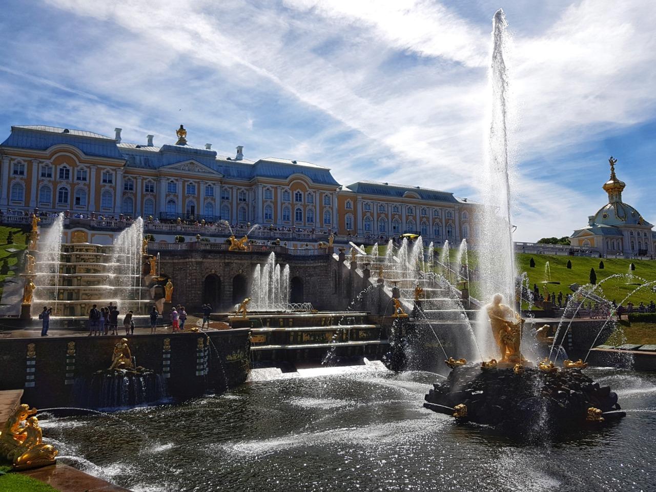 Петерогоф и Кронштадт за один день  - индивидуальная экскурсия по Санкт-Петербургу от опытного гида