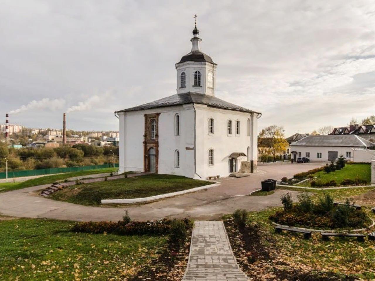 Путешествие в двенадцатый век - индивидуальная экскурсия по Смоленску от опытного гида