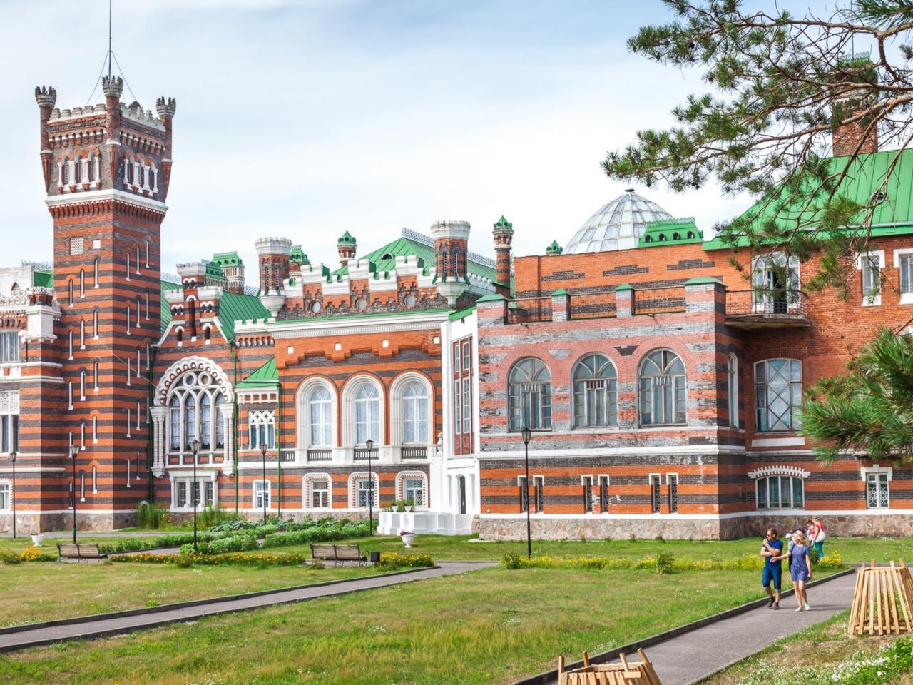 Шереметевский замок + озеро Светлояр - групповая экскурсия по Нижнему Новгороду от опытного гида