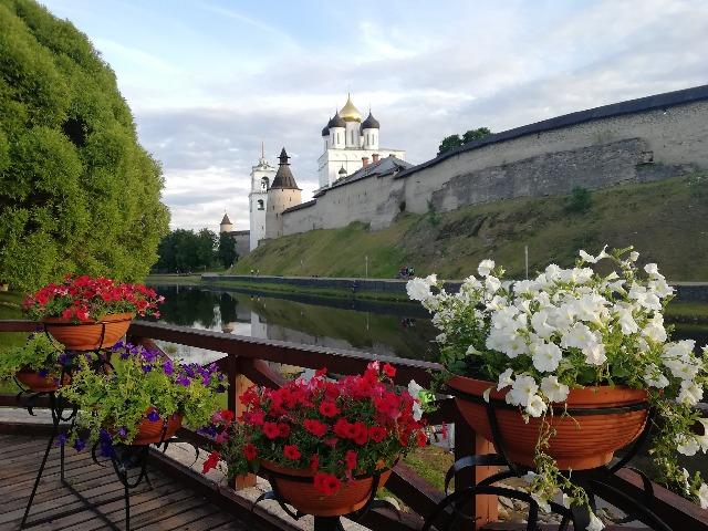 Тайна древнего Пскова:обзорная экскурсия по городу с посещением Кремля