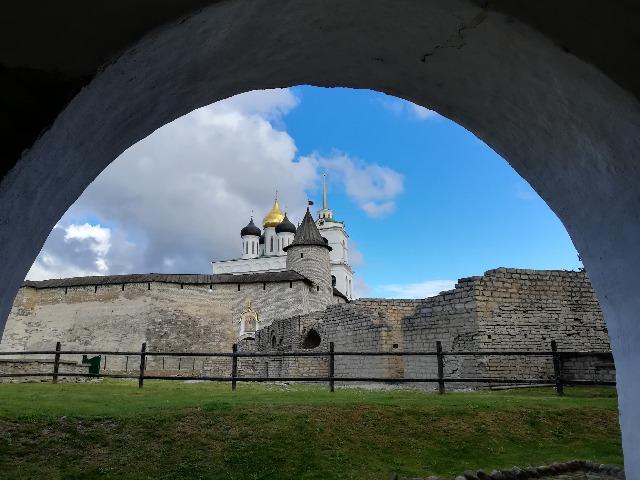 Прогулка по Псковскому Кремлю – сердцу города