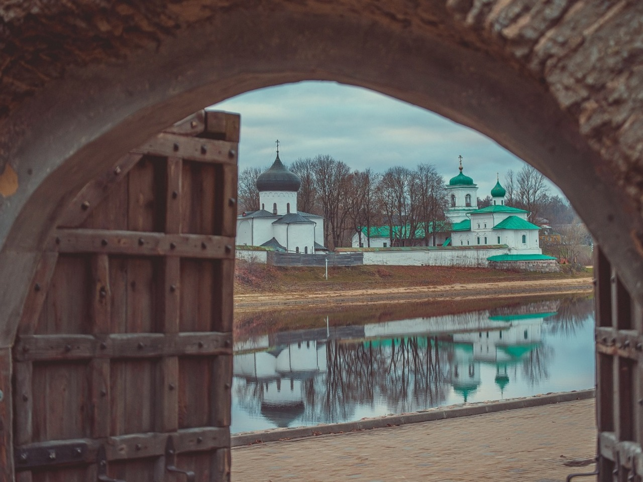 По следам наследия ЮНЕСКО - индивидуальная экскурсия в Пскове от опытного гида