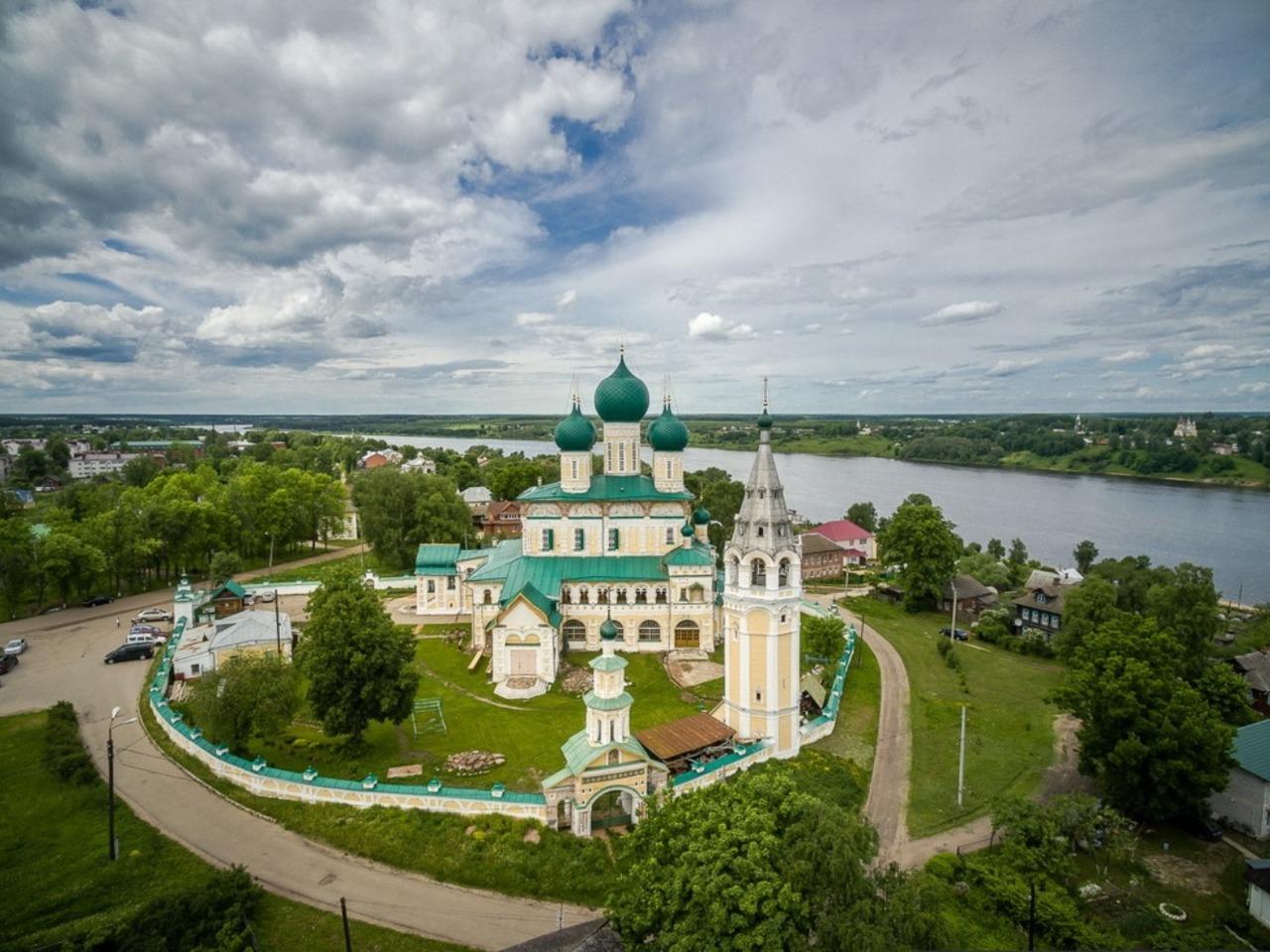 Верхневолжские жемчужины: Тутаев и Рыбинск за день - индивидуальная экскурсия в Ярославле от опытного гида