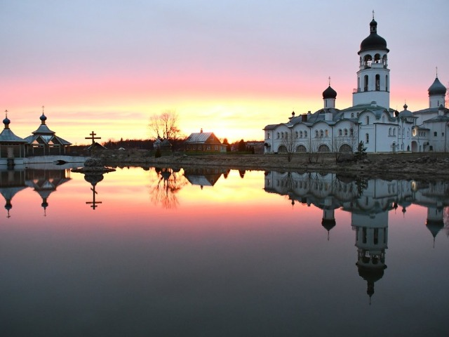 Путешествие в Спасо-Елеазаровский, Крыпецкий и Снетогорский монастыри