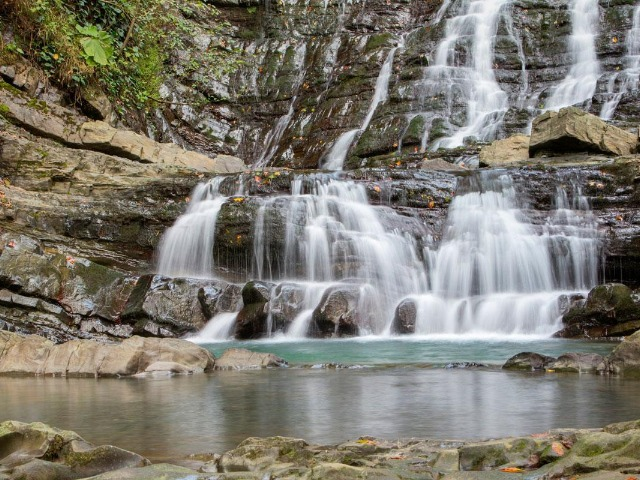 Долина легенд - 33 водопада c посещением шоу