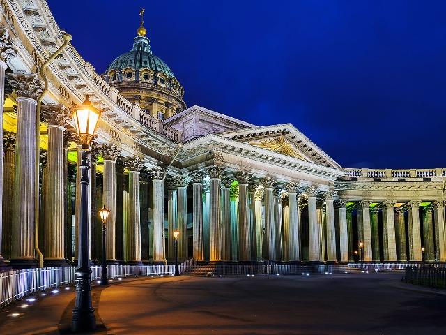 Ночной Петербург с разводом мостов
