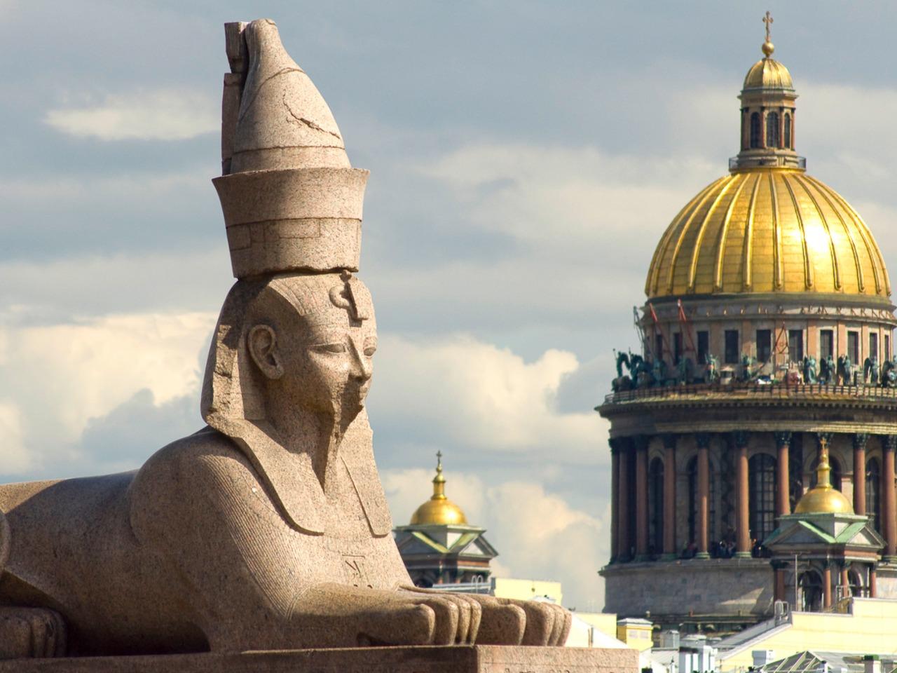 Мифы и легенды Петербурга - групповая экскурсия по Санкт-Петербургу от опытного гида