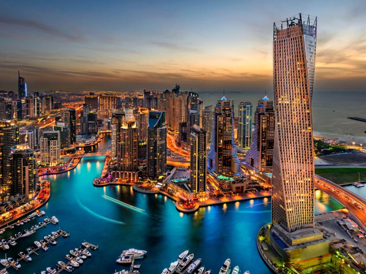 Ужин на Арабском судне Доу - групповая экскурсия в Дубае от опытного гида