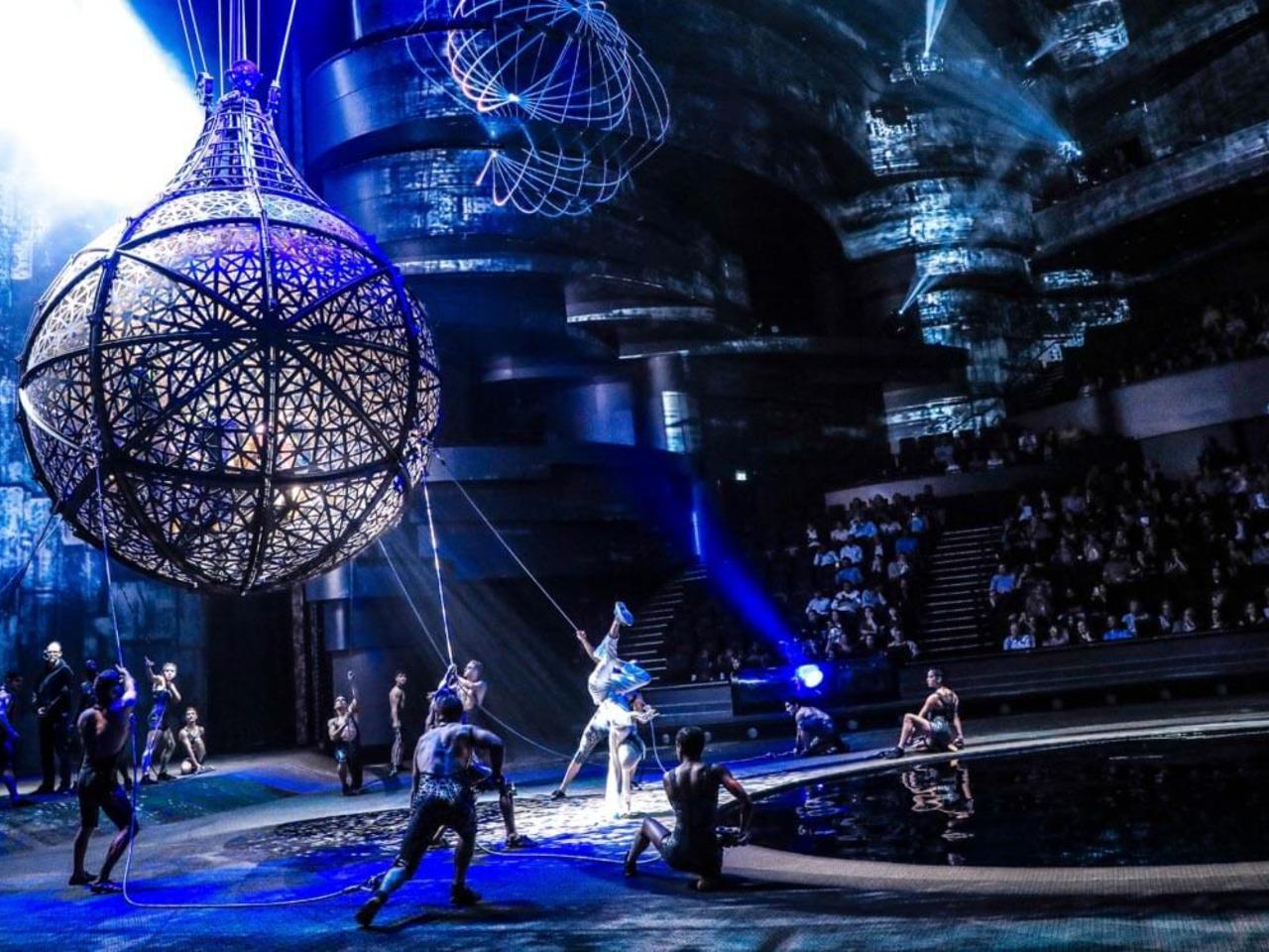 La Perla — Театр мирового уровня - групповая экскурсия в Дубае от опытного гида