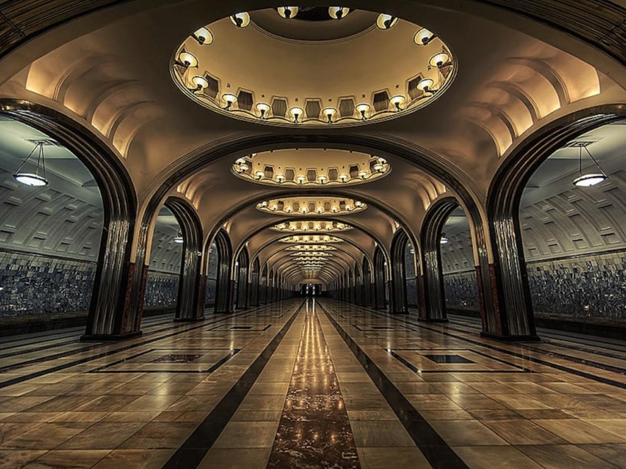 Экскурсия по московскому метро - индивидуальная экскурсия по Москве от опытного гида