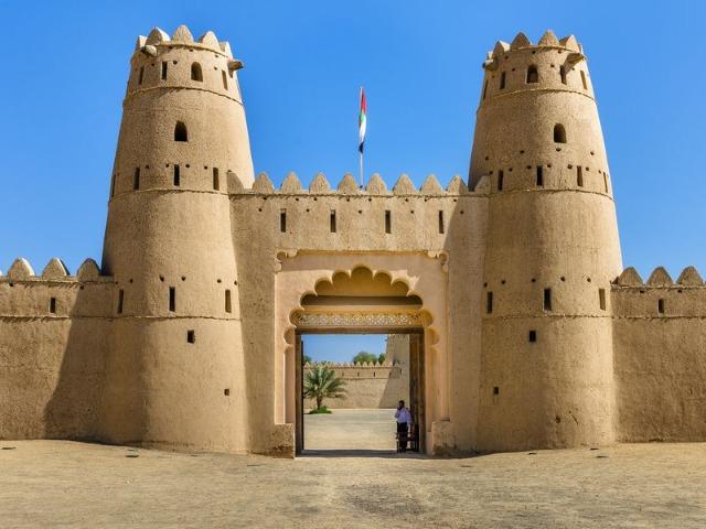 Из Дубая — в Аль-Айн, город чудес и загадок