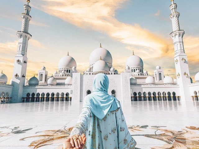 Экскурсия в Мечеть шейха Зайда