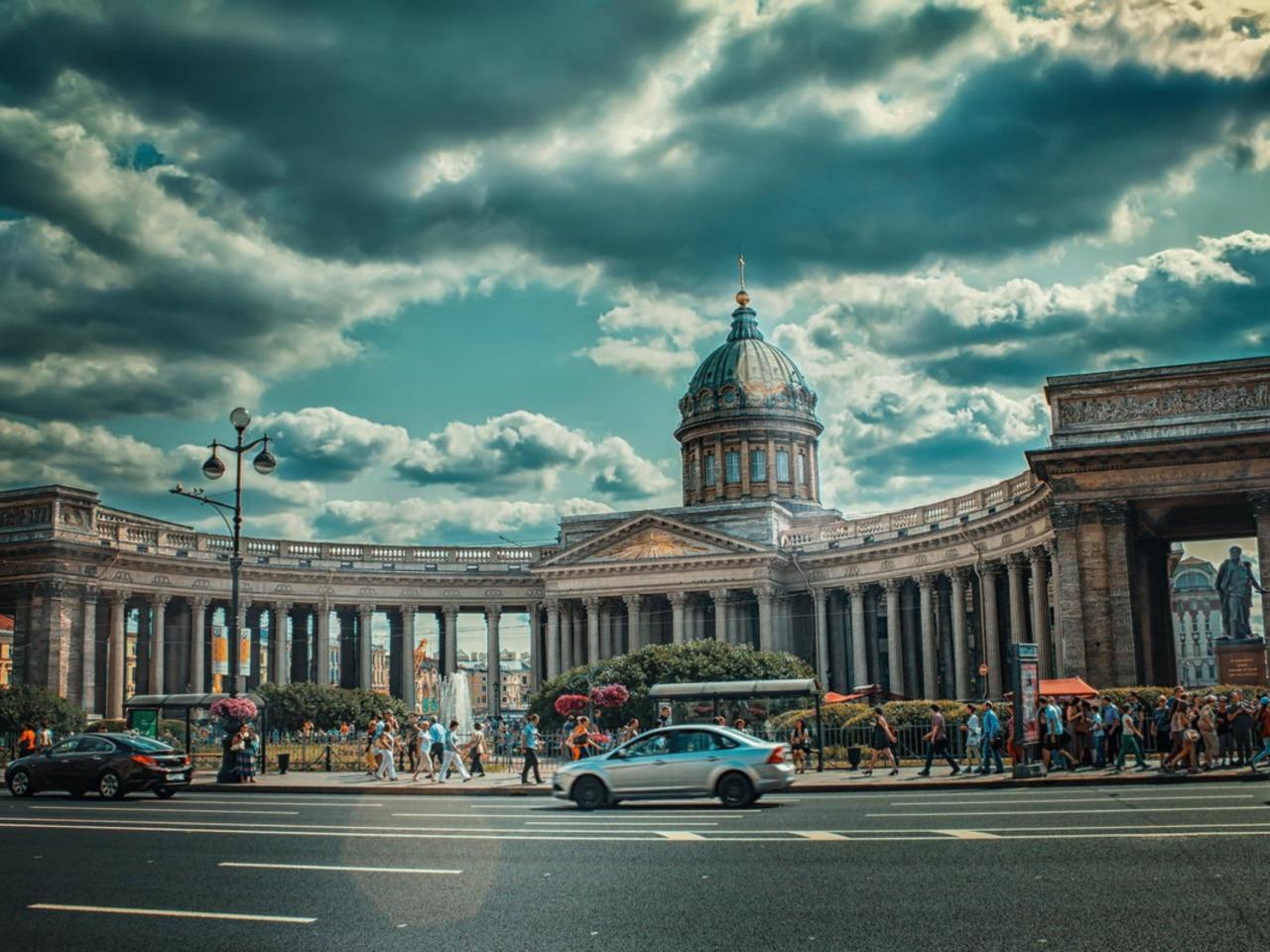Ах, этот важный Невский - индивидуальная экскурсия по Санкт-Петербургу от опытного гида