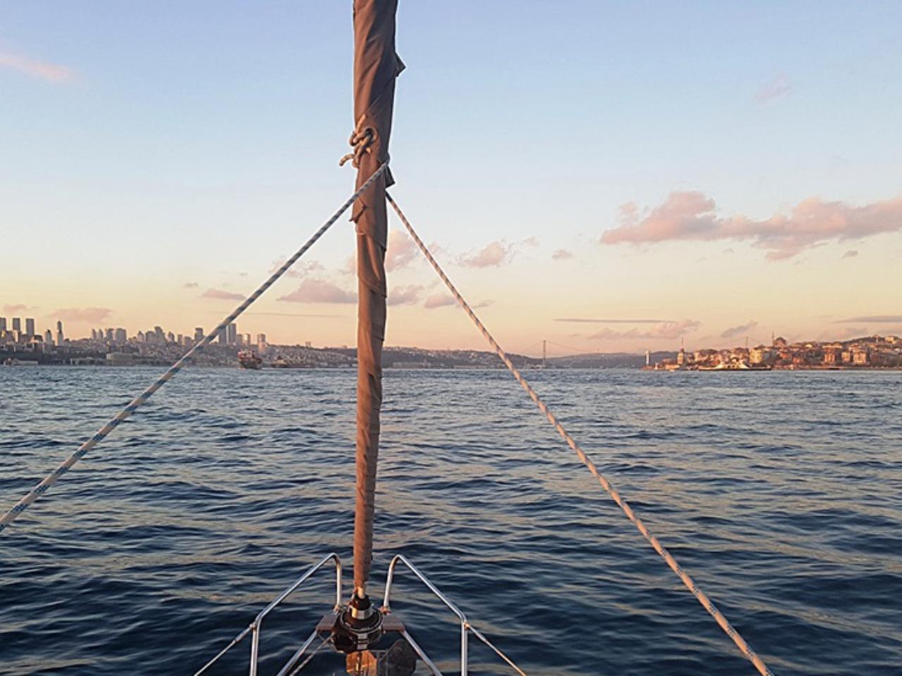 Vip-тур по Босфору на яхте - индивидуальная экскурсия в Стамбуле от опытного гида