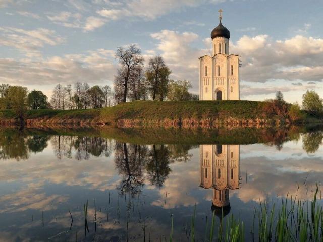 Боголюбово - белокаменная песнь Владимирской земли