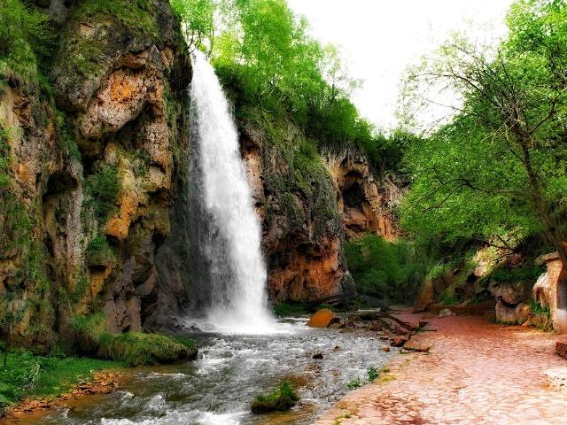 Поездка к Медовым водопадам в Карачаево-Черкесии