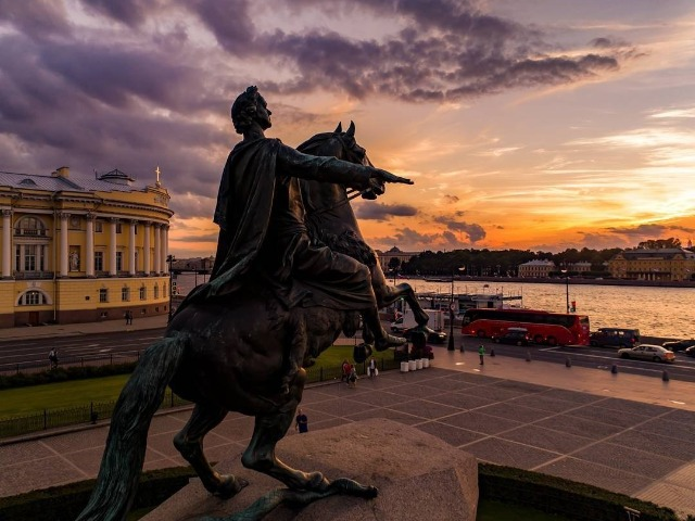 Обзорная по Петербургу в 15:15. Синий маршрут