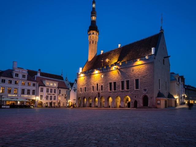 Таллин: экскурсия в городскую ратушу