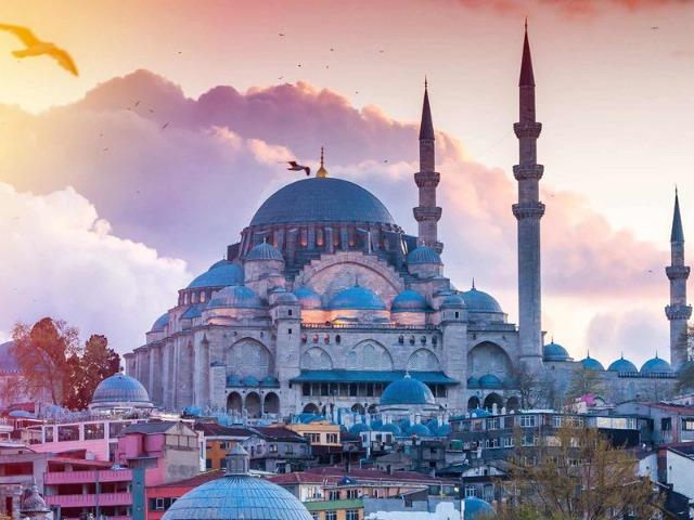 Обзорная по Стамбулу в 15:15. Красный маршрут
