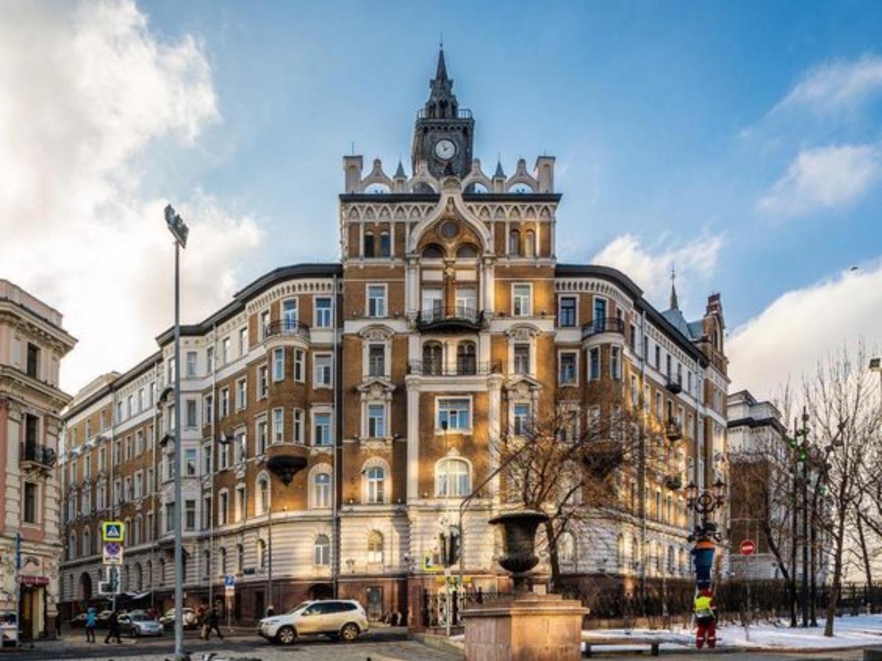 В центре кольца Белого города - индивидуальная экскурсия по Москве от опытного гида