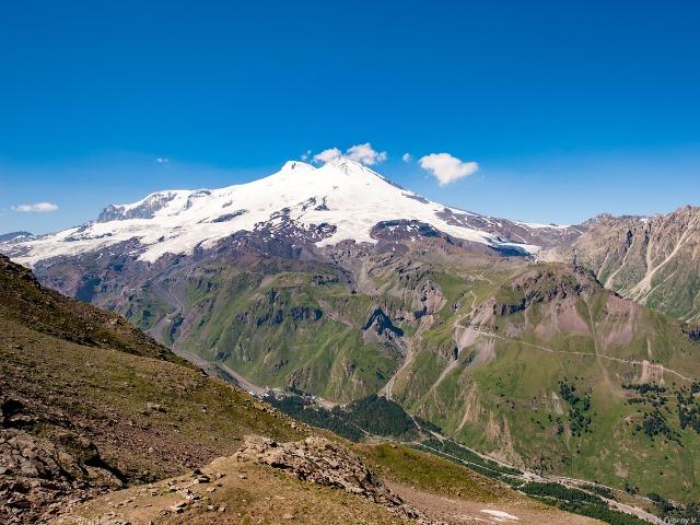 Эльбрус — высочайшая вершина Кавказа!