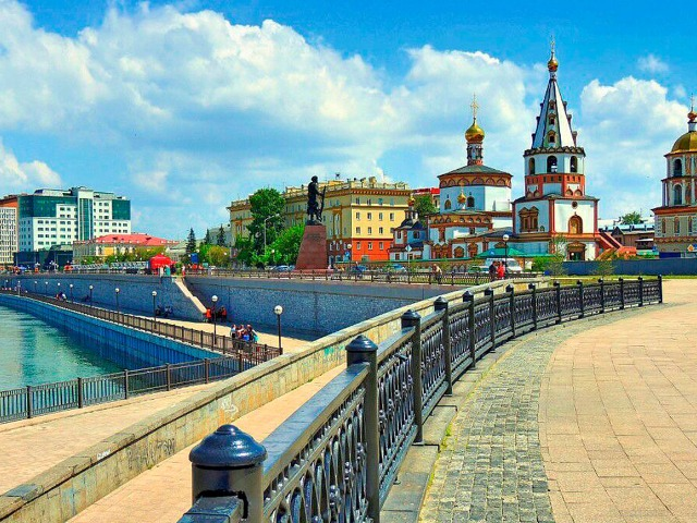 Иркутск: сказка старого города