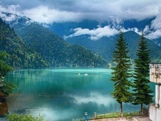 Жемчужины Абхазии: озеро Рица и Новый Афон