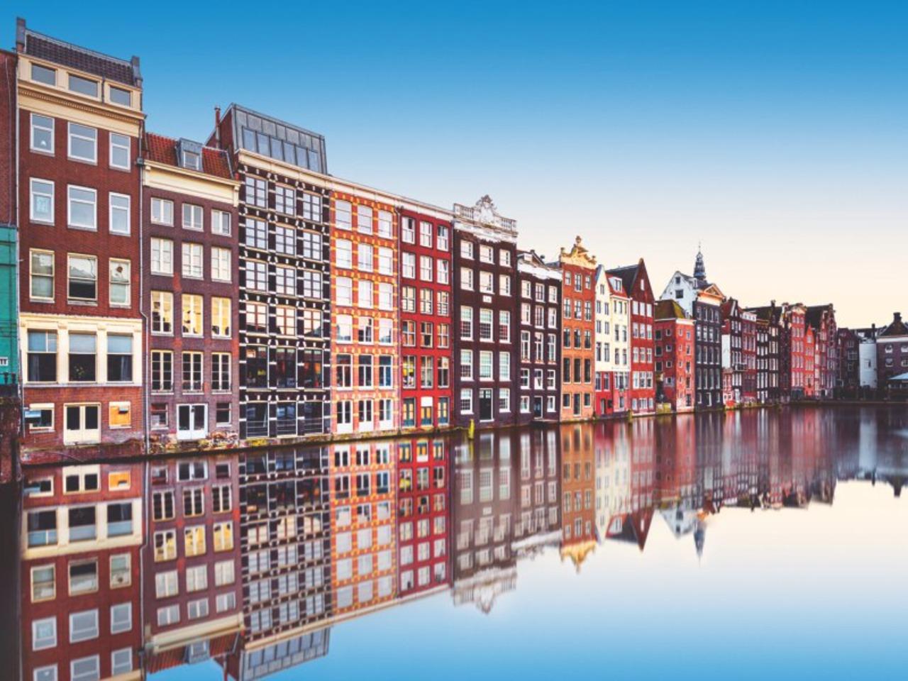 Обзорная по Амстердаму в 15:15. Красный маршрут - групповая экскурсия в Амстердаме от опытного гида