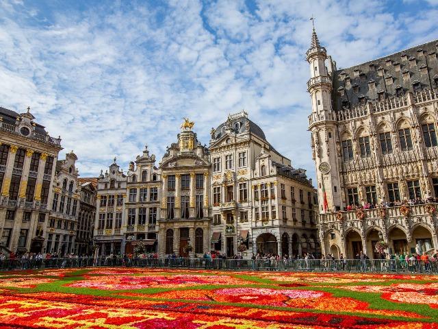 Обзорная по Брюсселю в 15:15. Красный маршрут