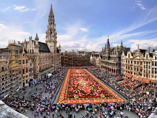 Обзорная по Брюсселю в 15:15. Синий маршрут