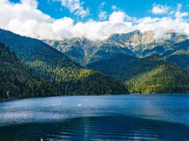 Раскрывая тайны озера Рица - в поисках Святого Грааля