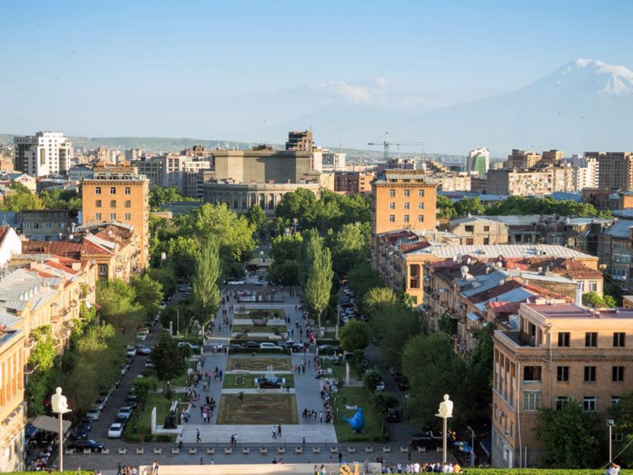 Обзорная экскурсия по Еревану. Синий маршрут - групповая экскурсия в Ереване от опытного гида
