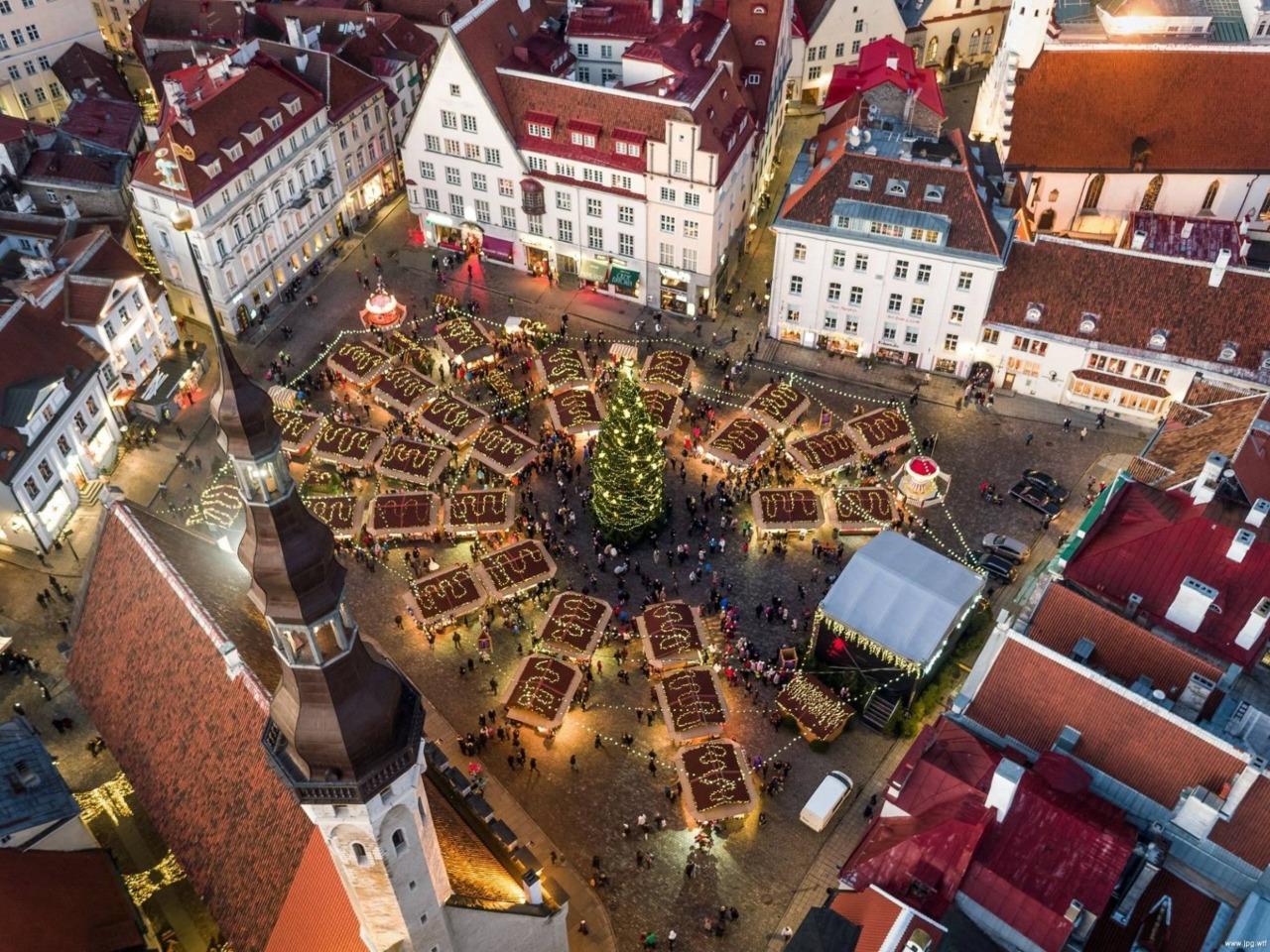 Аромат Средневековья: шпили и готика Таллина - индивидуальная экскурсия в Таллине от опытного гида