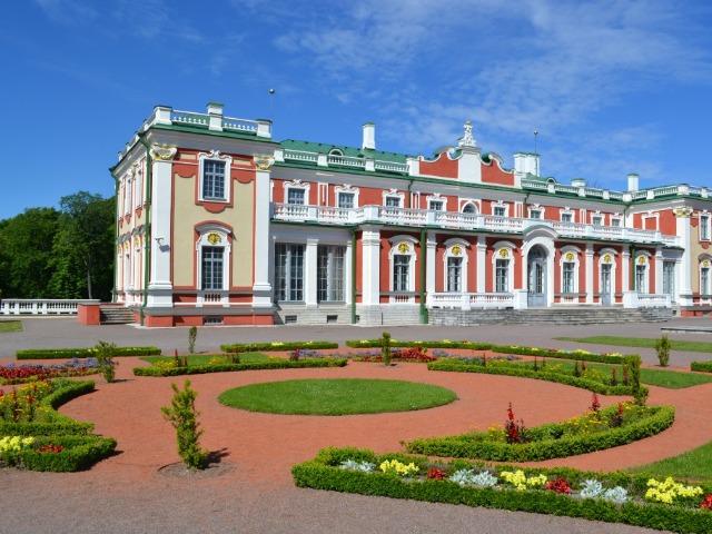 """Великолепие царского парка """"Кадриорг"""" в Таллине"""