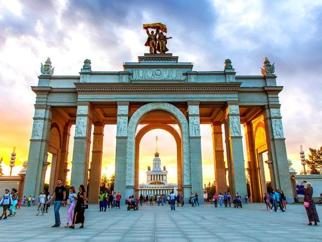 120 часов в раю: 5-дневный тур по Москве