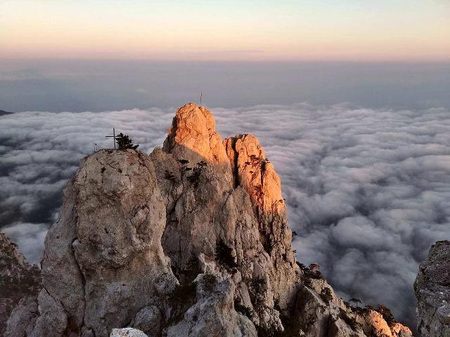 Восхождение на Ай-Петри - 1234 метра!