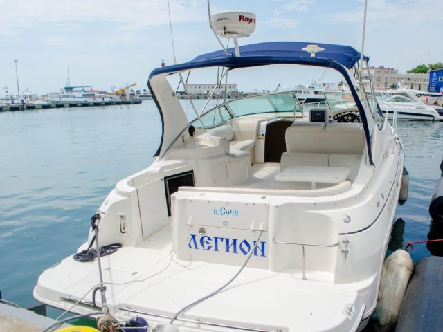 Морская прогулка на яхте Cruisers 3375
