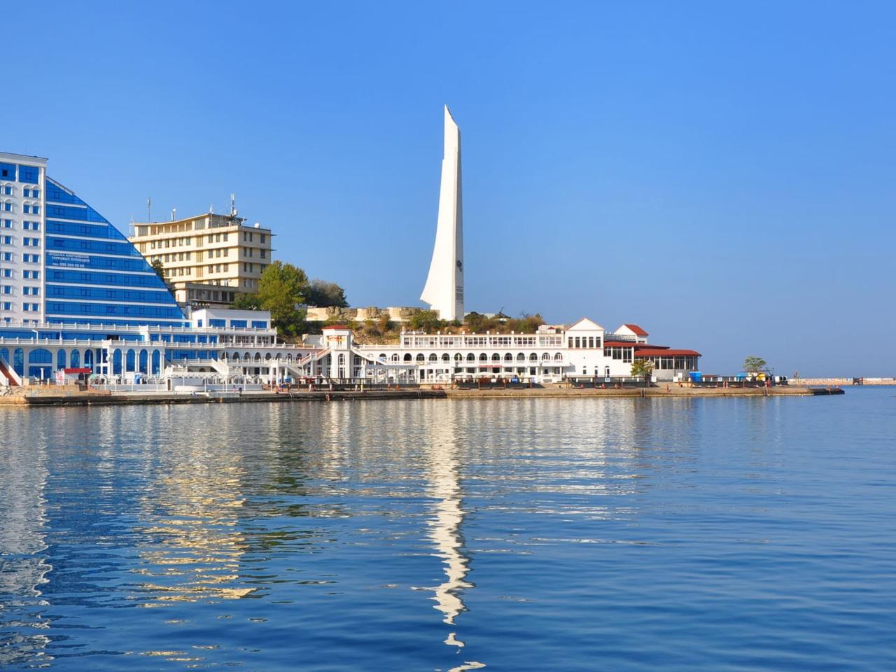 Многоликий Севастополь: вчера, сегодня, завтра - индивидуальная экскурсия в Ялте от опытного гида